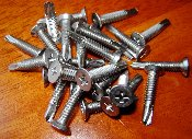 #10-24 SELF DRILLING SCREWS UNDERCUT FLAT HEAD (100 pack)